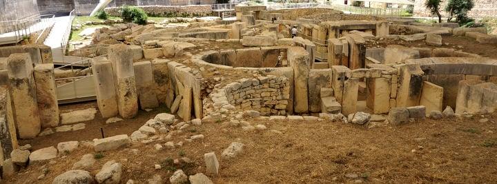 travel to malta tarxien temples