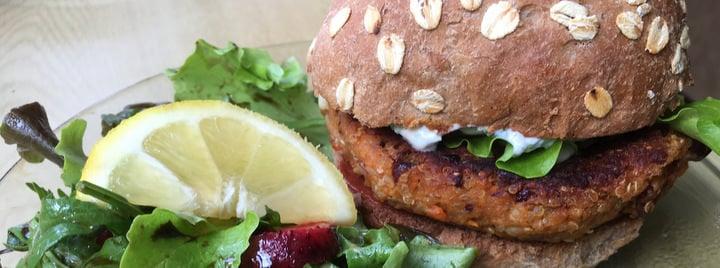 visiting malta veggie burger