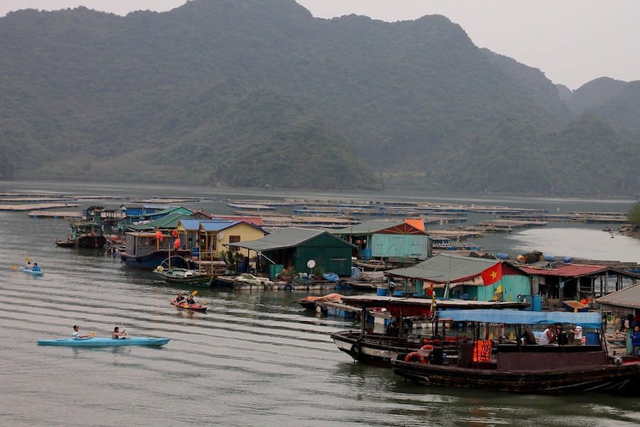 travel to Fishing village, Ha Long Bay