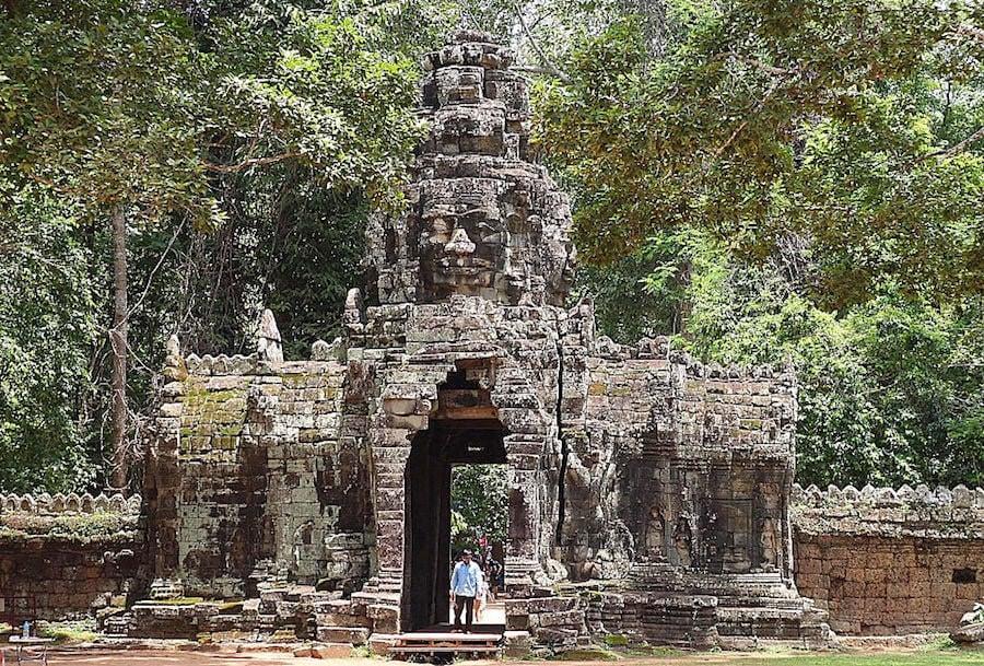 angkor temples, Sras Srang & Banteay Kdei