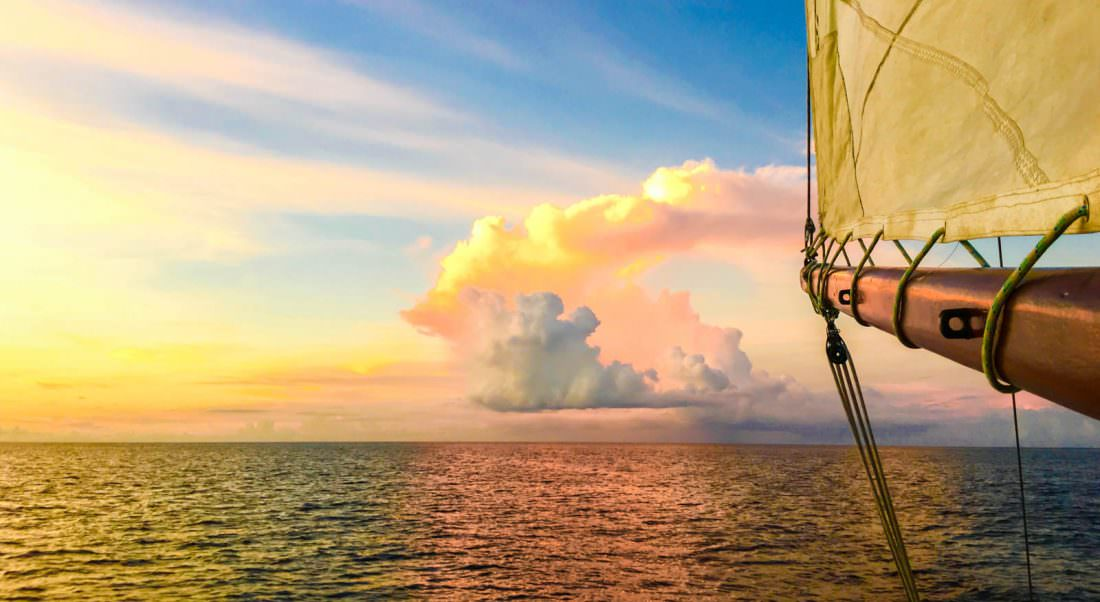 sailing instructor as a travel job
