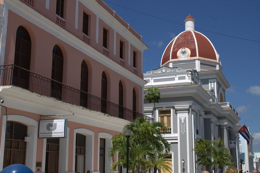 palacio de gobierno cienfuegos cuba