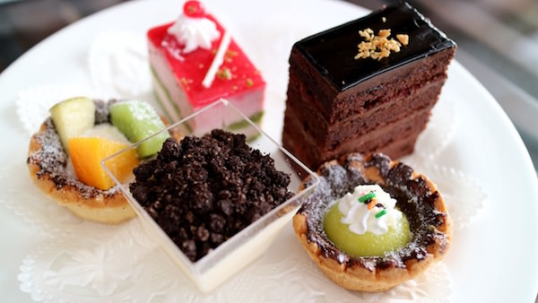afternoon-tea-cake