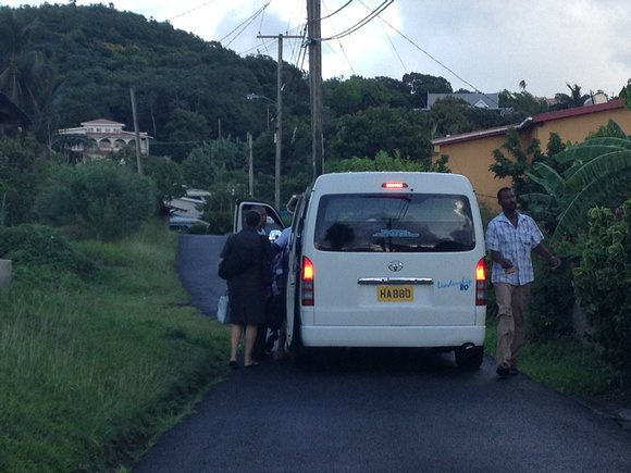 travel in grenada transportation
