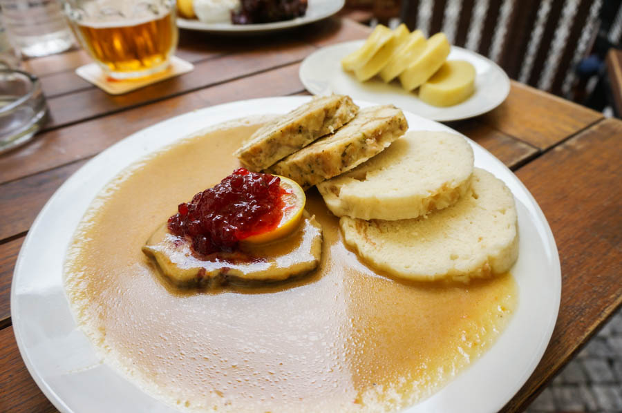 travel to prague where to eat
