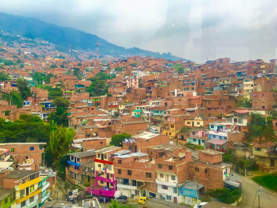 travel to medellin on the metro calbe