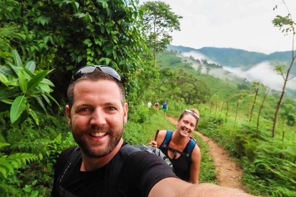 trekking-while-earning-money