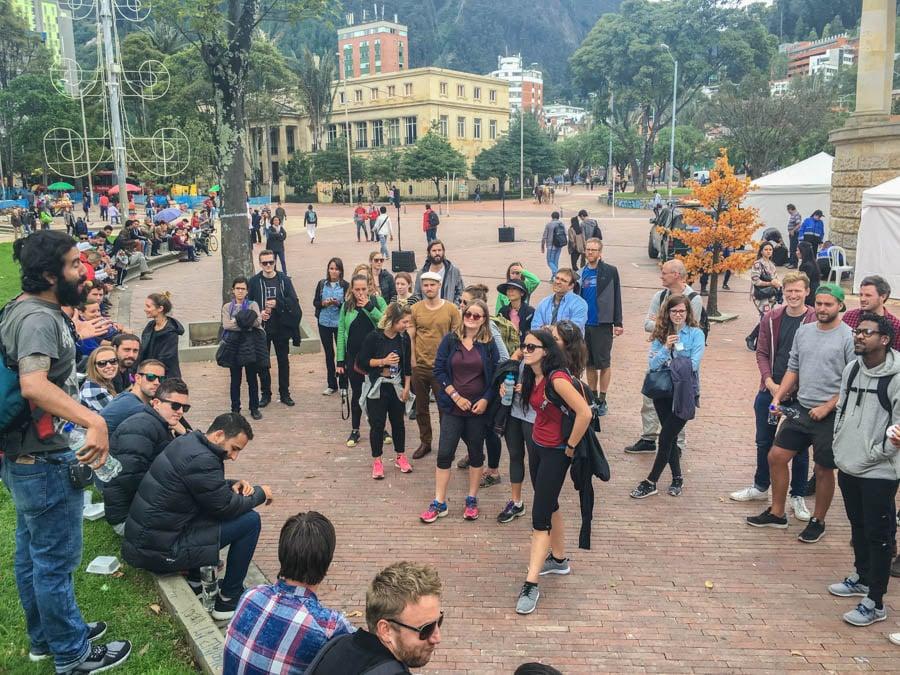 graffiti tour in bogota colombia
