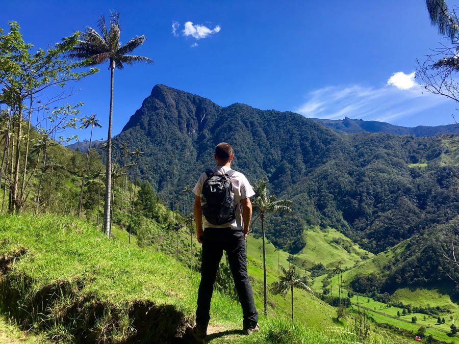 backpacking colombia hiking the valle de cocora in salento