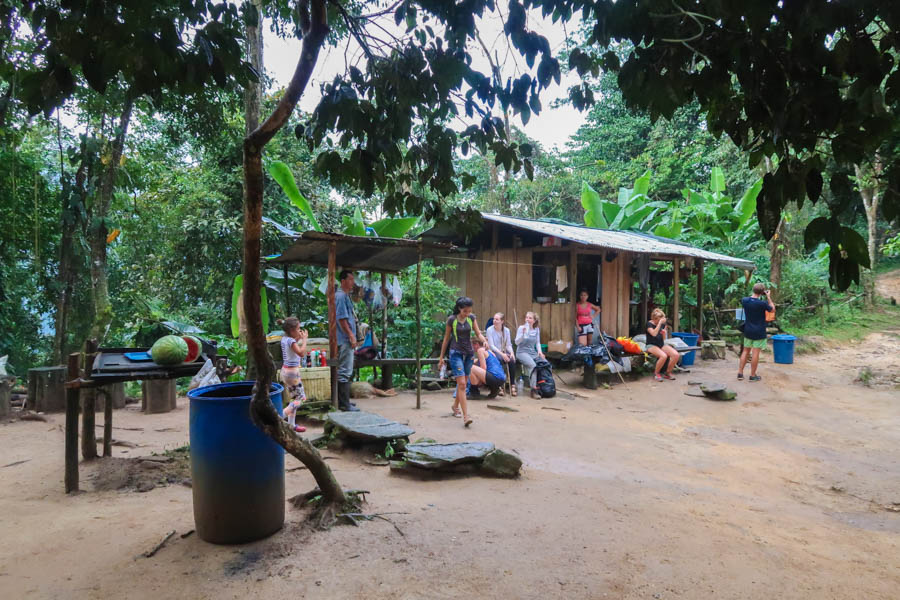 hiking the ciudad perdida in colombia snacks on route