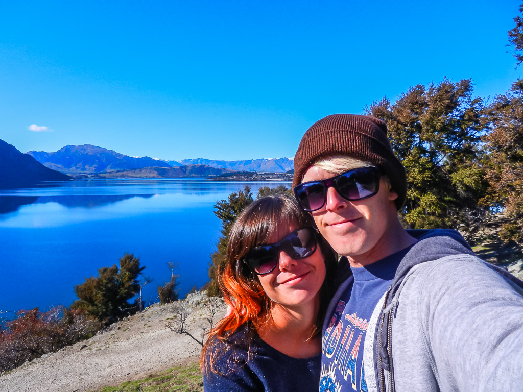 why you should travel in your thirties Travelling around Wanaka Lake, New Zealand