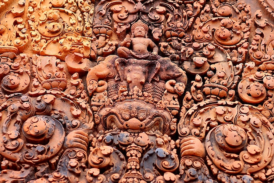 cambodia temple carvings