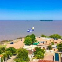 travel from buenos aires to colonia uruguay