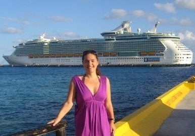 working as a guest relations officer on a cruise ship make money for travel