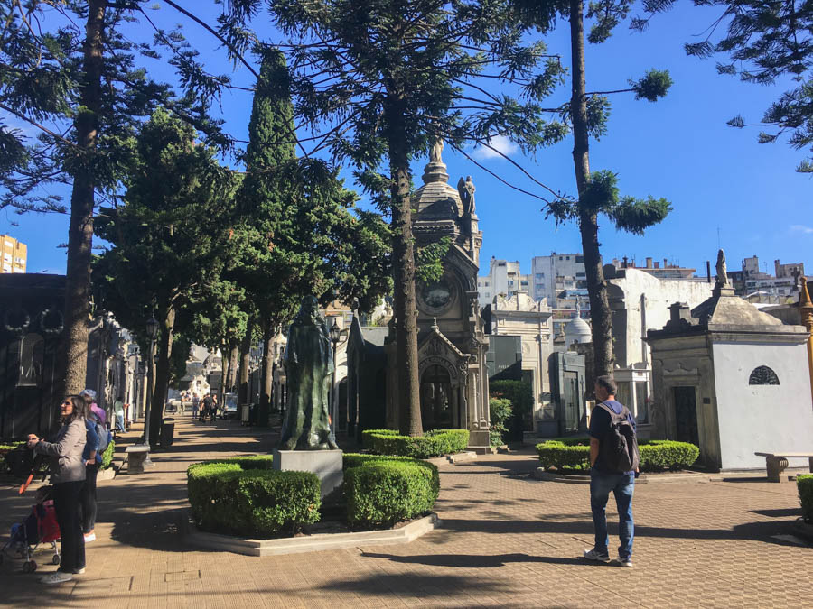 travel to buenos aires visit recoleta cemetery
