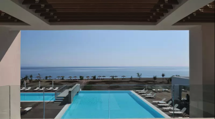 where to stay in greece thalatta hotel