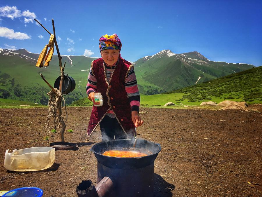 trekking in jyrgalan kyrgyzstan