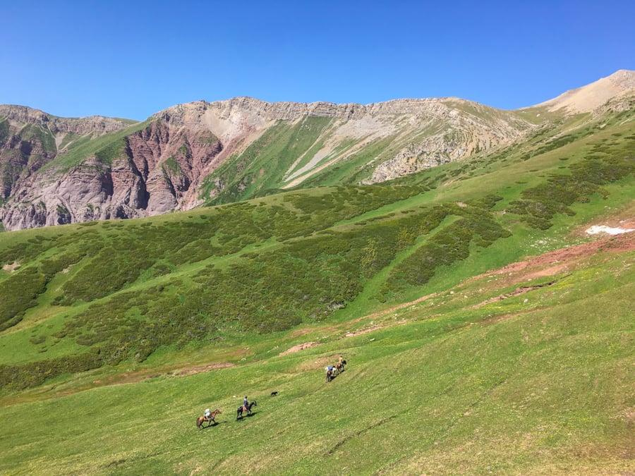 trekking keskenkija jyrgalan kyrgyzstan