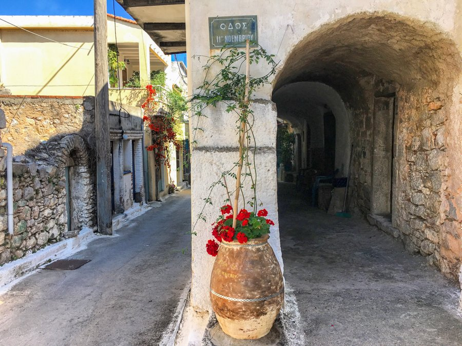 travel to olympoi village chios greece