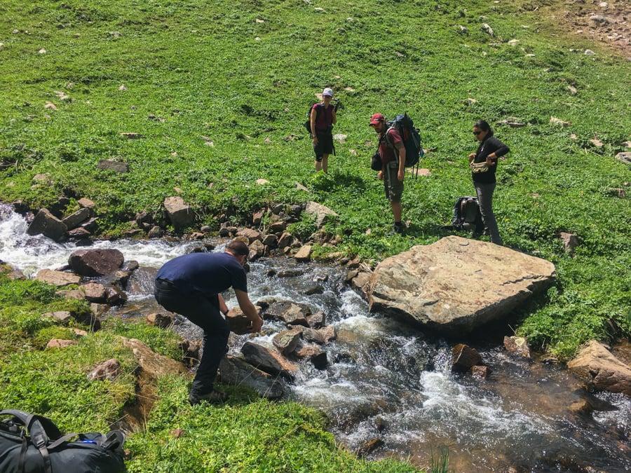 trekking in kyrgyzstan jyrgalan valley keskenkija