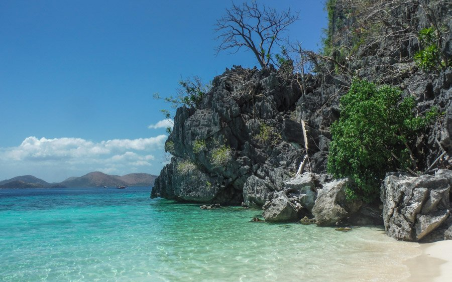 Beaches of Coron the philippines is a visa free country for travellers