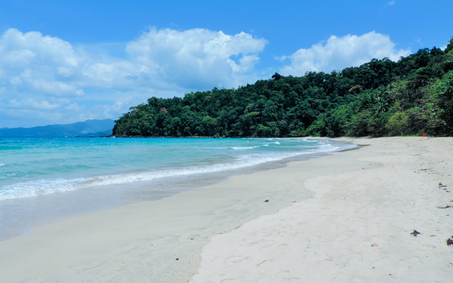 Beaches of Sabang - 10 of the best Philippines Beaches