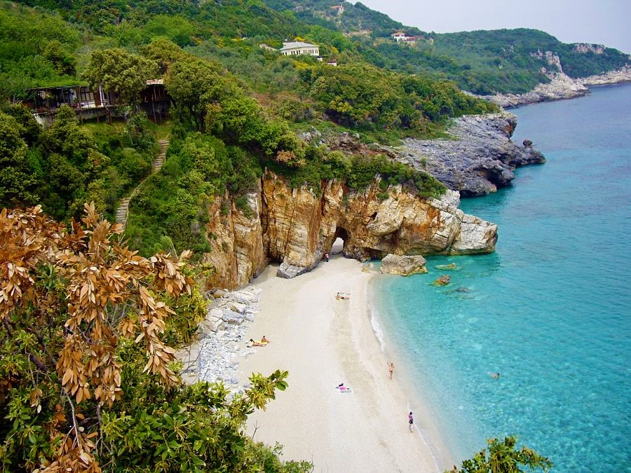 best beaches in greece-mylopotamos-beach-thessaly-pelion