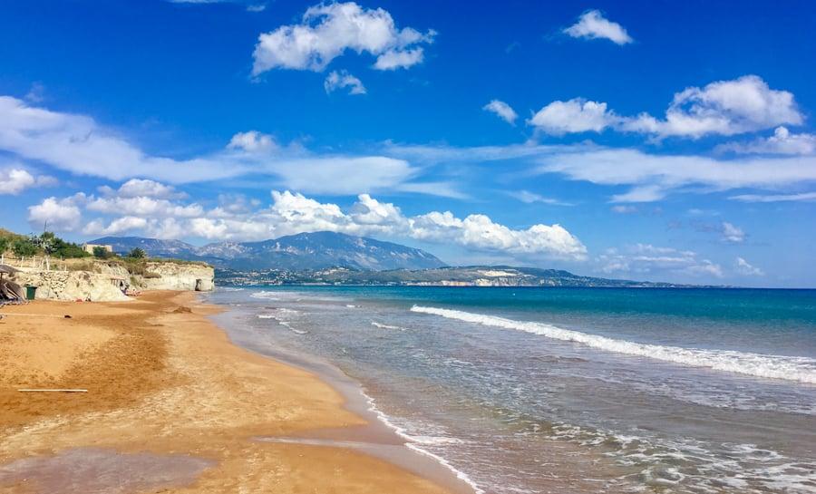 best beaches in Greece-xi beach