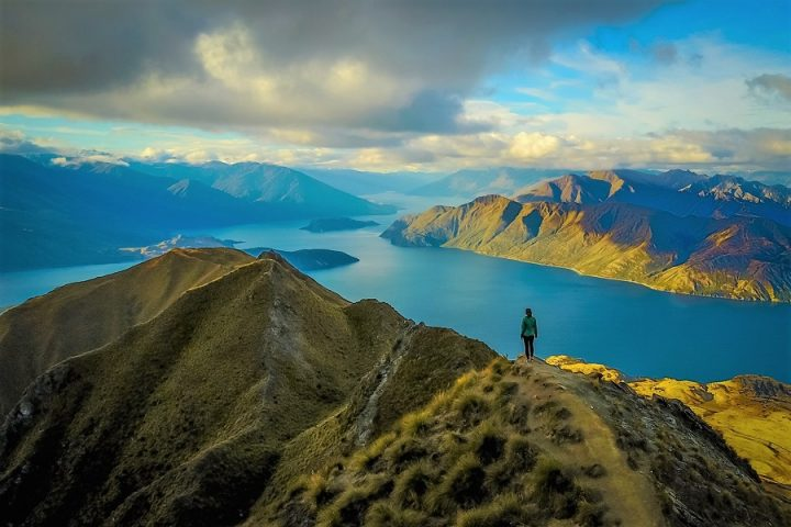 New Zealand Country Guide. Roys Peak, Wanaka. Photo by beardandcurly.com.