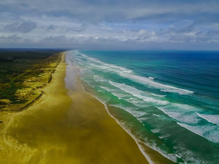New Zealand Country Guide. 90 Mile Beach, Northland. Photo by beardandcurly.com.