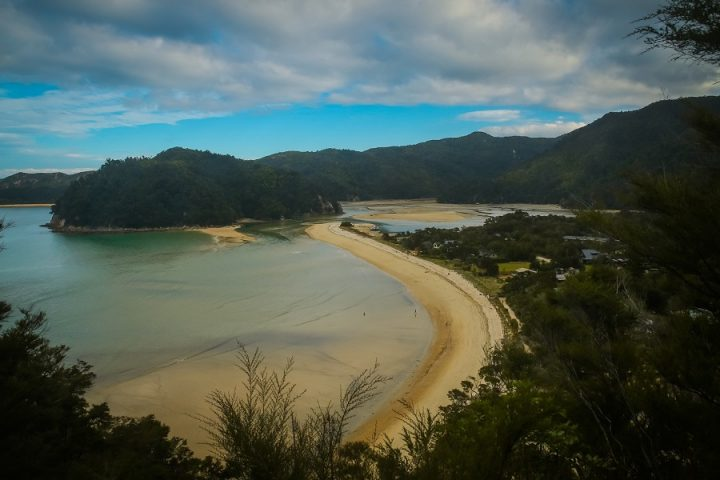 New Zealand Country Guide. Abel Tasman National Park. Photo by beardandcurly.com