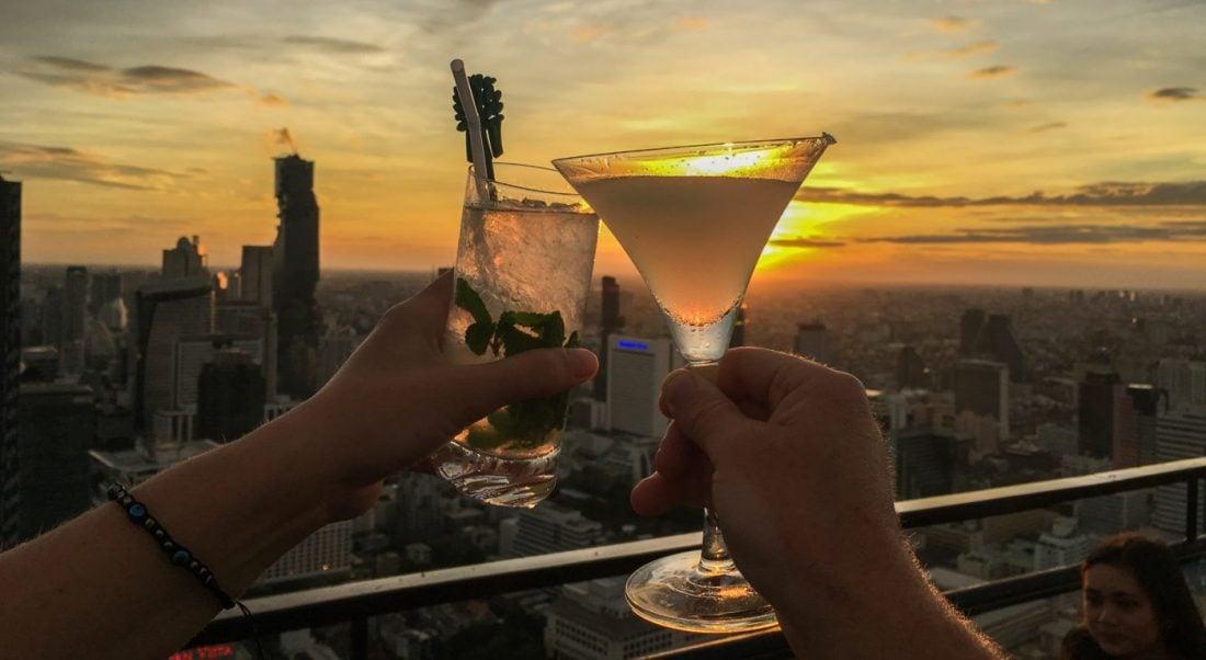 travel to bangkok thailand drinks at moon bar