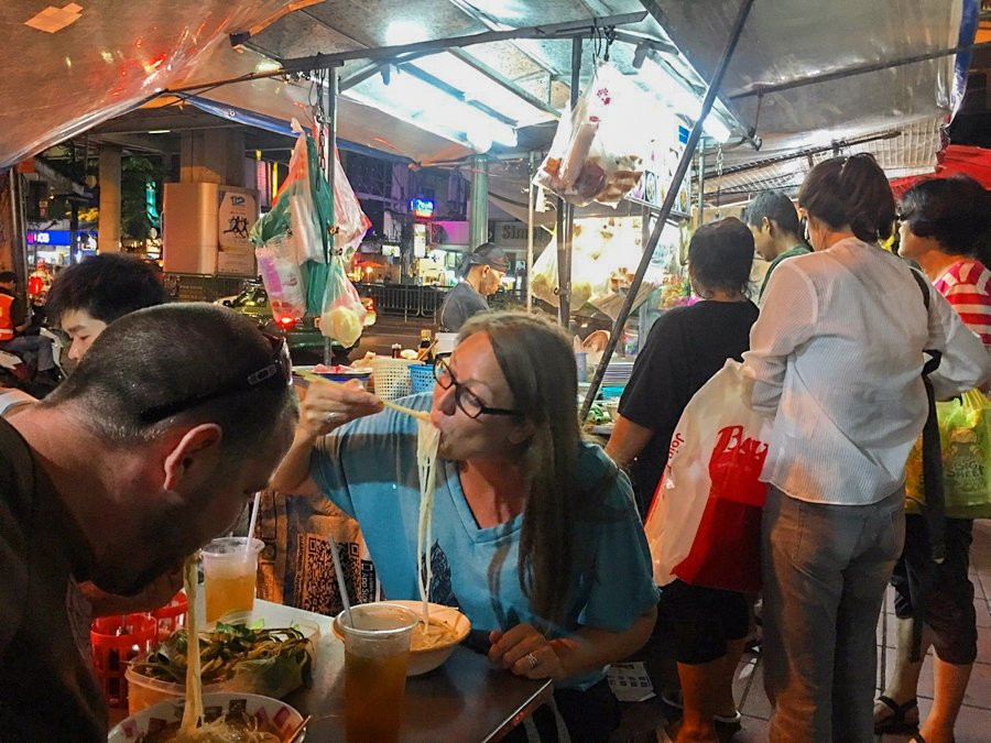 cost of living in thailand is cheap if you eat street food