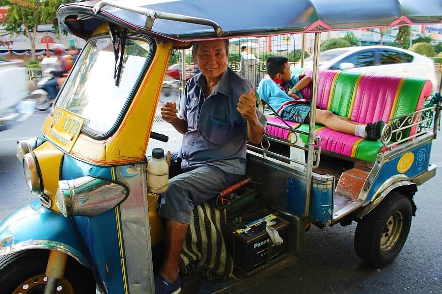Things to do in Chiang Mai-tuk tuk-thailand