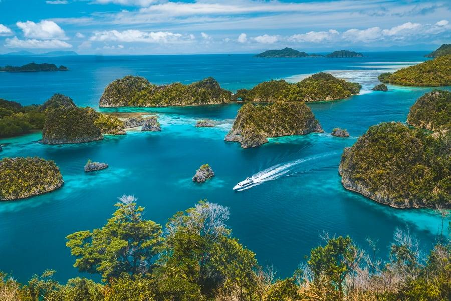 Diving Raja Ampat Piyaynemo Islands