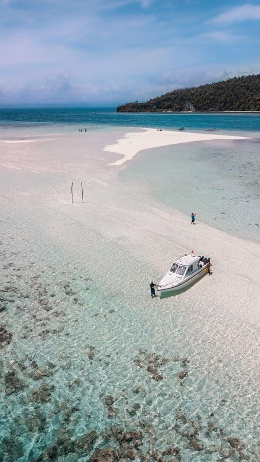 Diving Raja Ampat Sand Bars