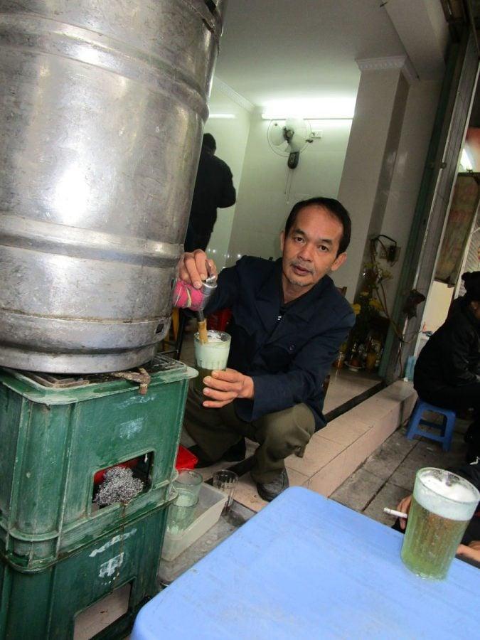 Things to do in Hanoi-beer-hoi-hanoi