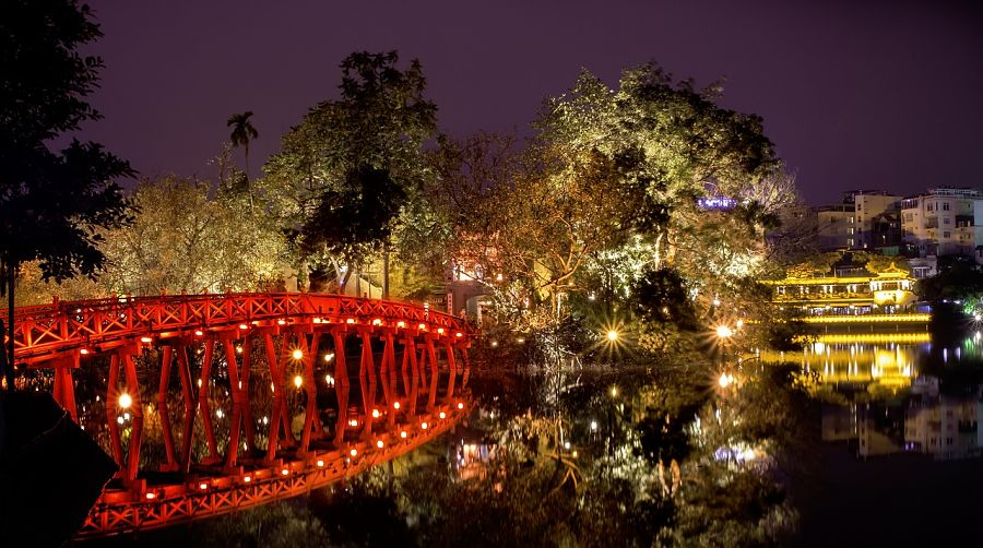 Things to do in Hanoi-hoan-kiem-lake