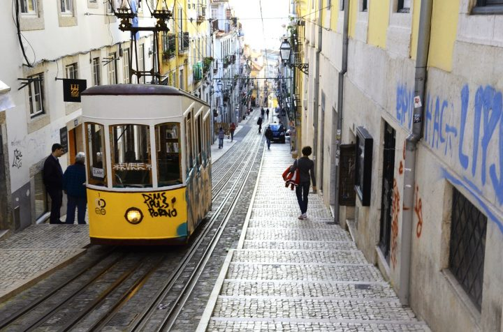 Best Place to Stay in Lisbon for Nightlife
