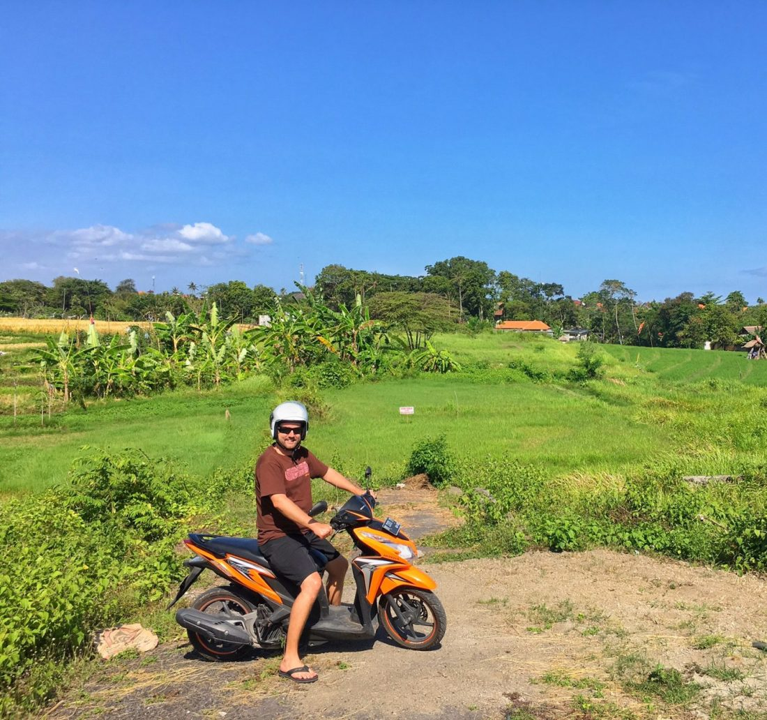 renting a motorbike in canggu bali