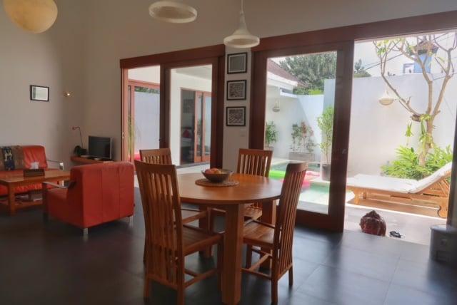 renting a villa in canggu bali