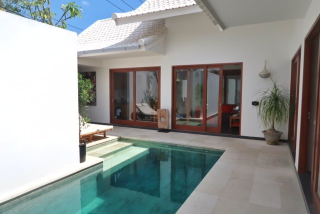 renting a pool villa in canggu bali. one of the cheapest places to live in the world