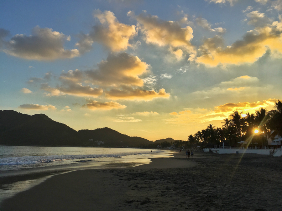 santiago bay sunset in manzanillo colima