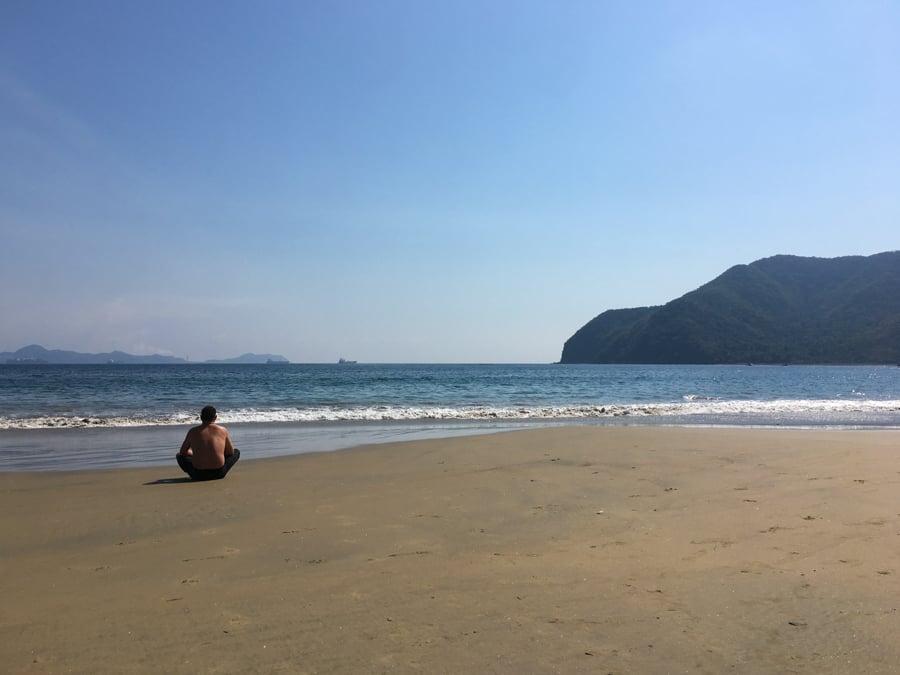 living in manzanillo colima at the beach in santiago
