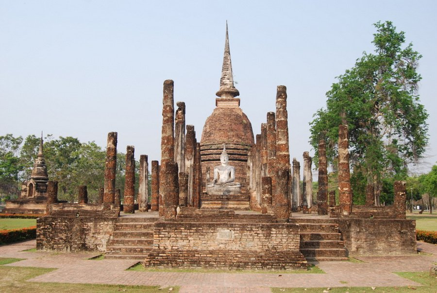 visiting sukhothai is one of the top places to visit in thailand don't miss the ancient tamples