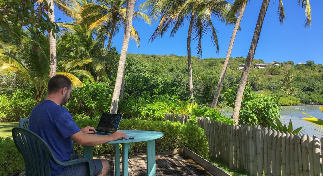 How To Start a Travel Blog - Blogging in Paradise