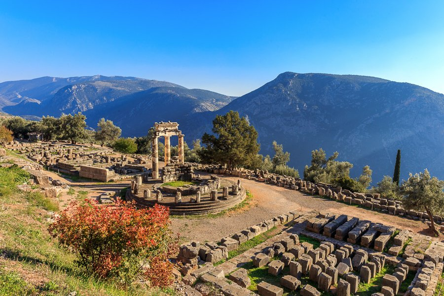 Places to visit in Greece-Delphi-ruins