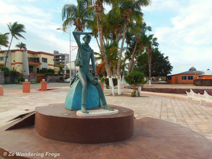 Cousteau Statue, things to do in La Paz, Mexico