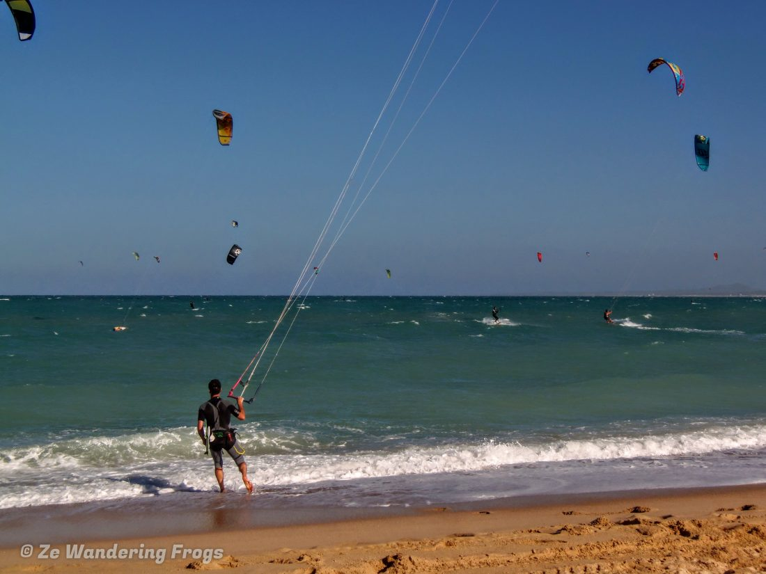 Kiteboarding in La Ventana one of the adventurous things to do in la paz mexico