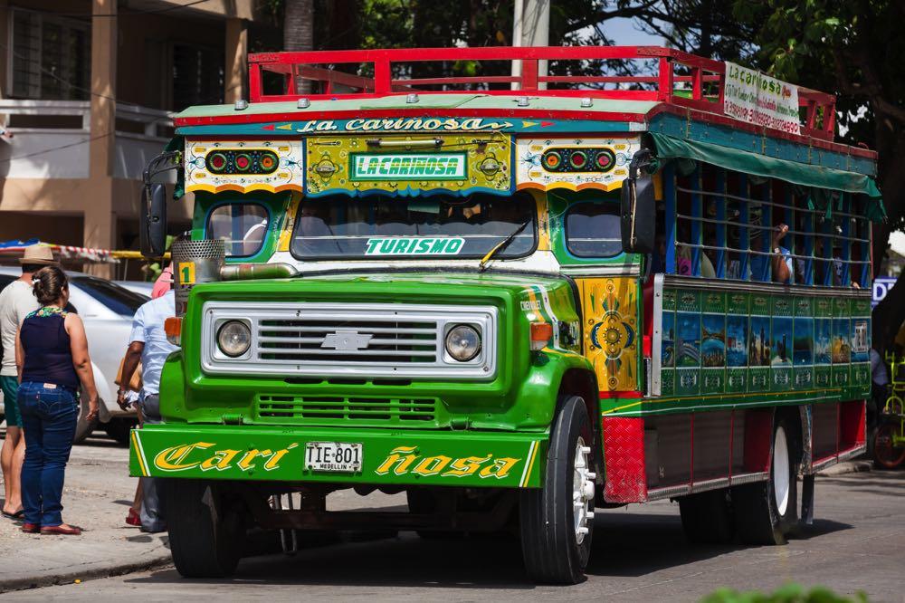 chiva bus cartagena